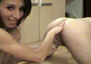 wife loves her husband to stimulate the prostate
